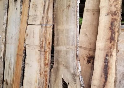 Barnwood Walls, Mantels and Slabs